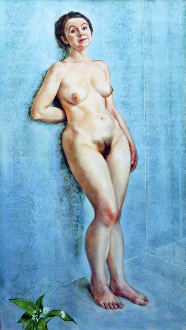 Dr Victoria Bateman, economics fellow at Gonville and Caius college, posed for a nude portrait by painter Anthony Connolly.
